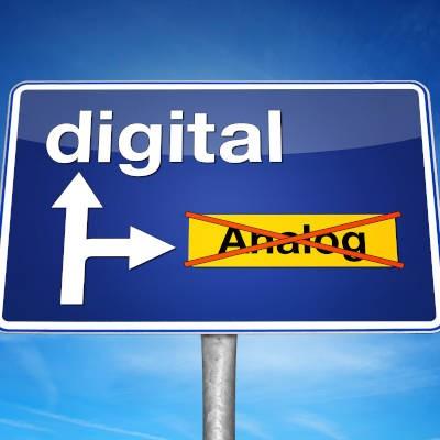 39230369_digital_signs_400