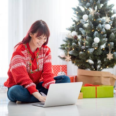 233614855_holiday_gadgets_400